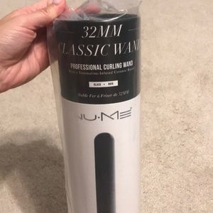{BRAND NEW} Nume Curling Wand